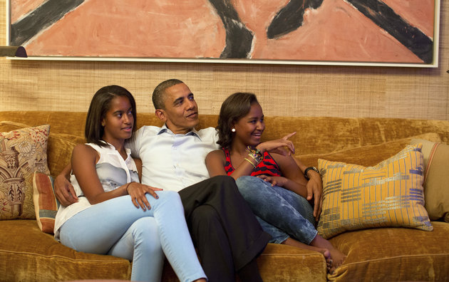 U.S. President Barack Obama and his daughters Malia (L) and Sasha, watch on television as first lady Michelle Obama takes the stage to deliver her speech at the Democratic National Convention, in the Treaty Room of the White House in Washington September 4, 2012. REUTERS/White House/Pete Souza/Handout (UNITED STATES - Tags: POLITICS ELECTIONS) FOR EDITORIAL USE ONLY. NOT FOR SALE FOR MARKETING OR ADVERTISING CAMPAIGNS. THIS IMAGE HAS BEEN SUPPLIED BY A THIRD PARTY. IT IS DISTRIBUTED, EXACTLY AS RECEIVED BY REUTERS, AS A SERVICE TO CLIENTS